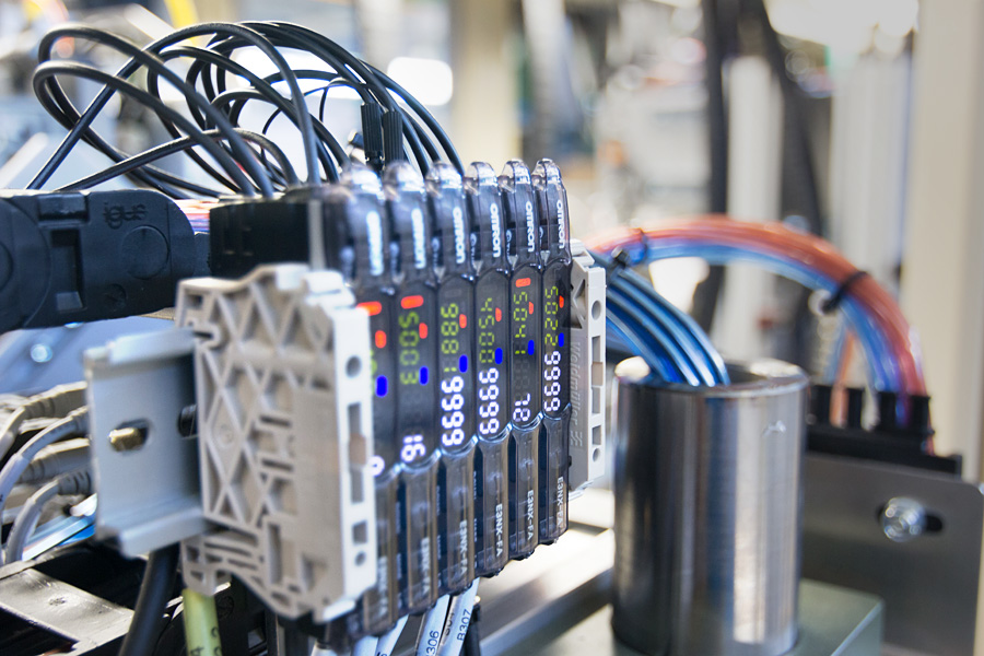 Automatic Testing Cells